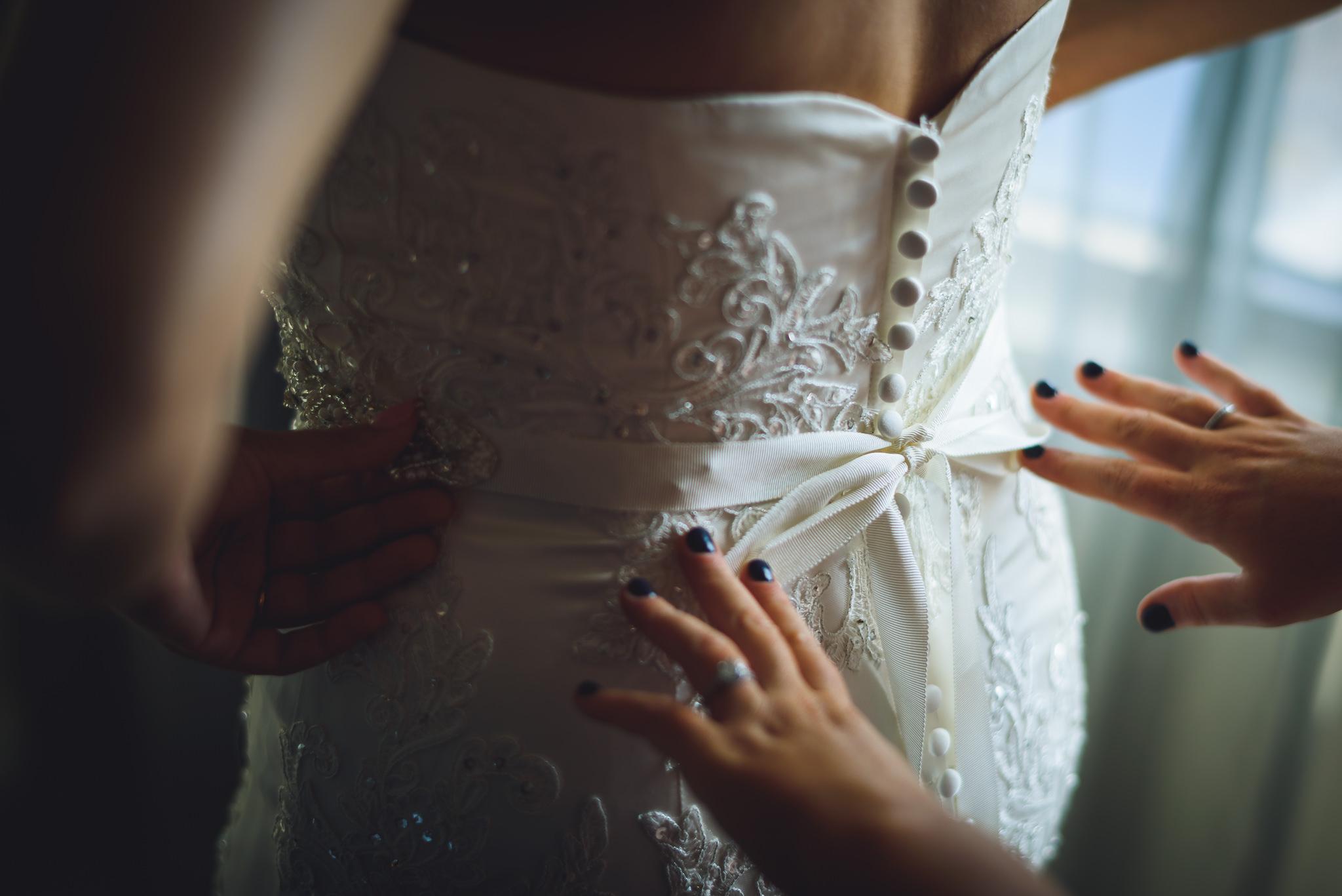 Moshulu-Wedding-Photographer-0013.jpg