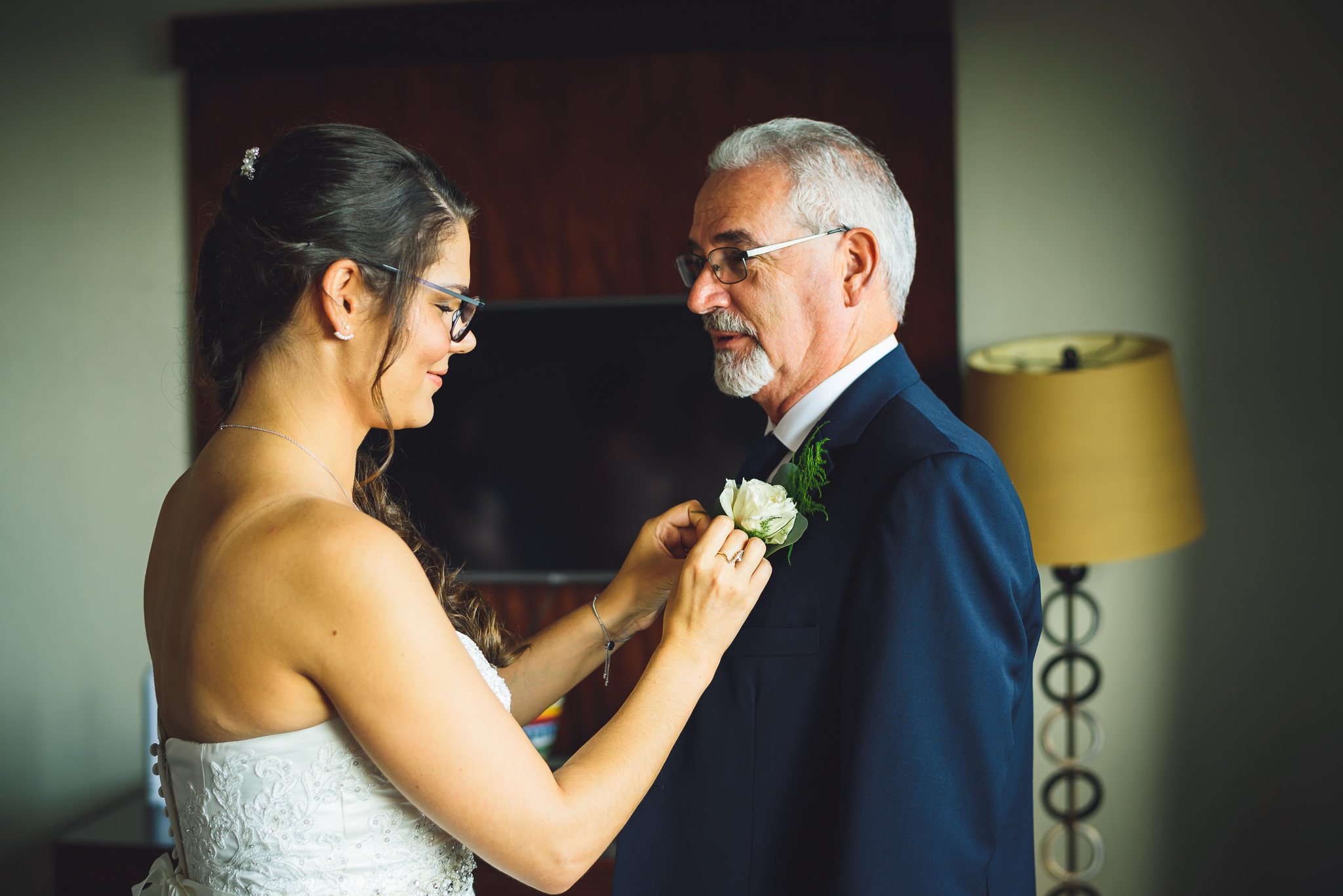 Moshulu-Wedding-Photographer-0019.jpg