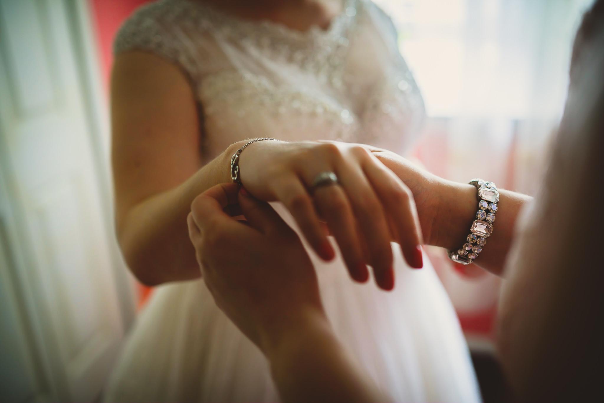 Warrington-Country-Club-Wedding-0004.jpg