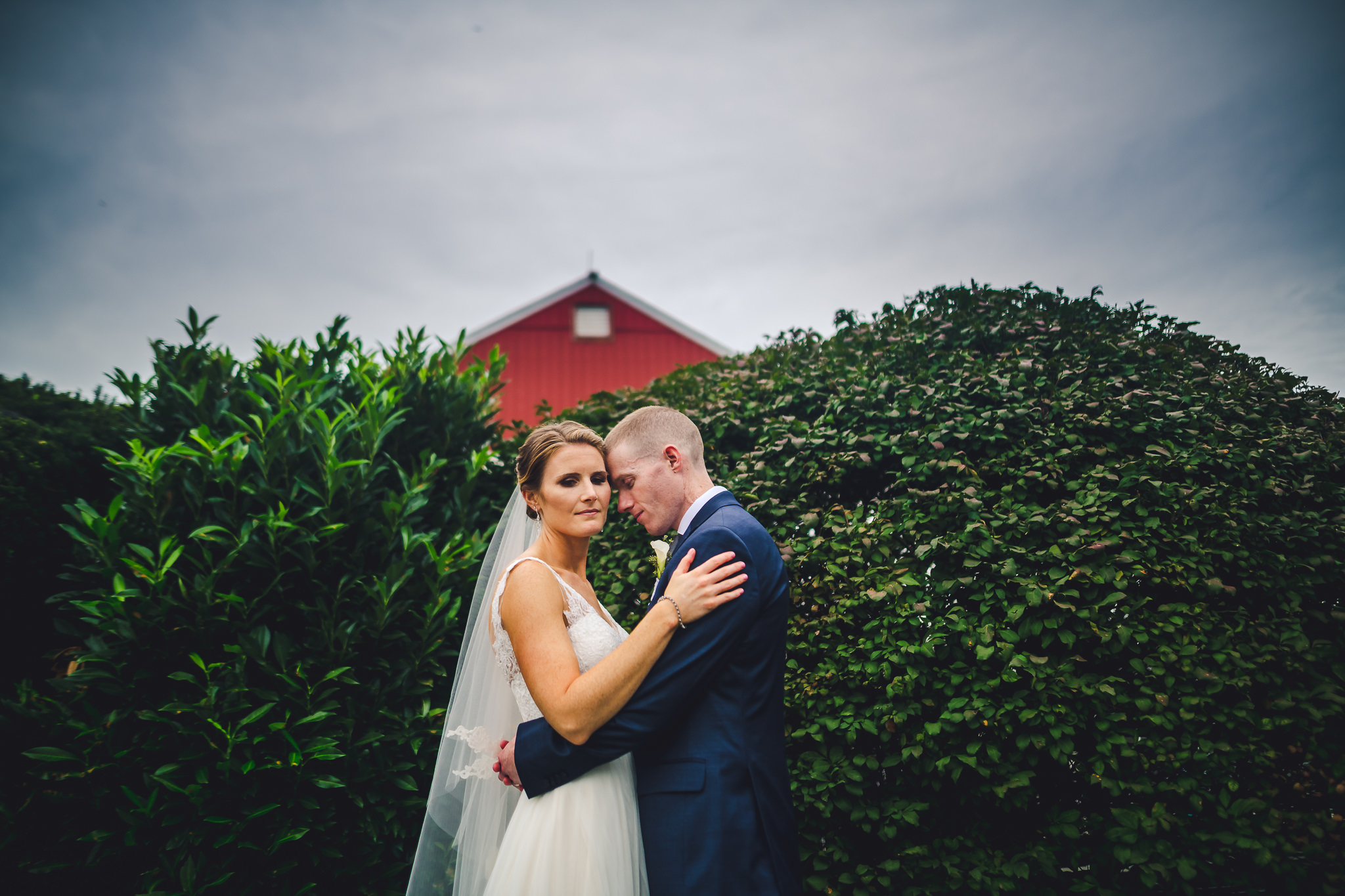 Barn-On-Bridge-Wedding-Photographers-in-Philadelphia