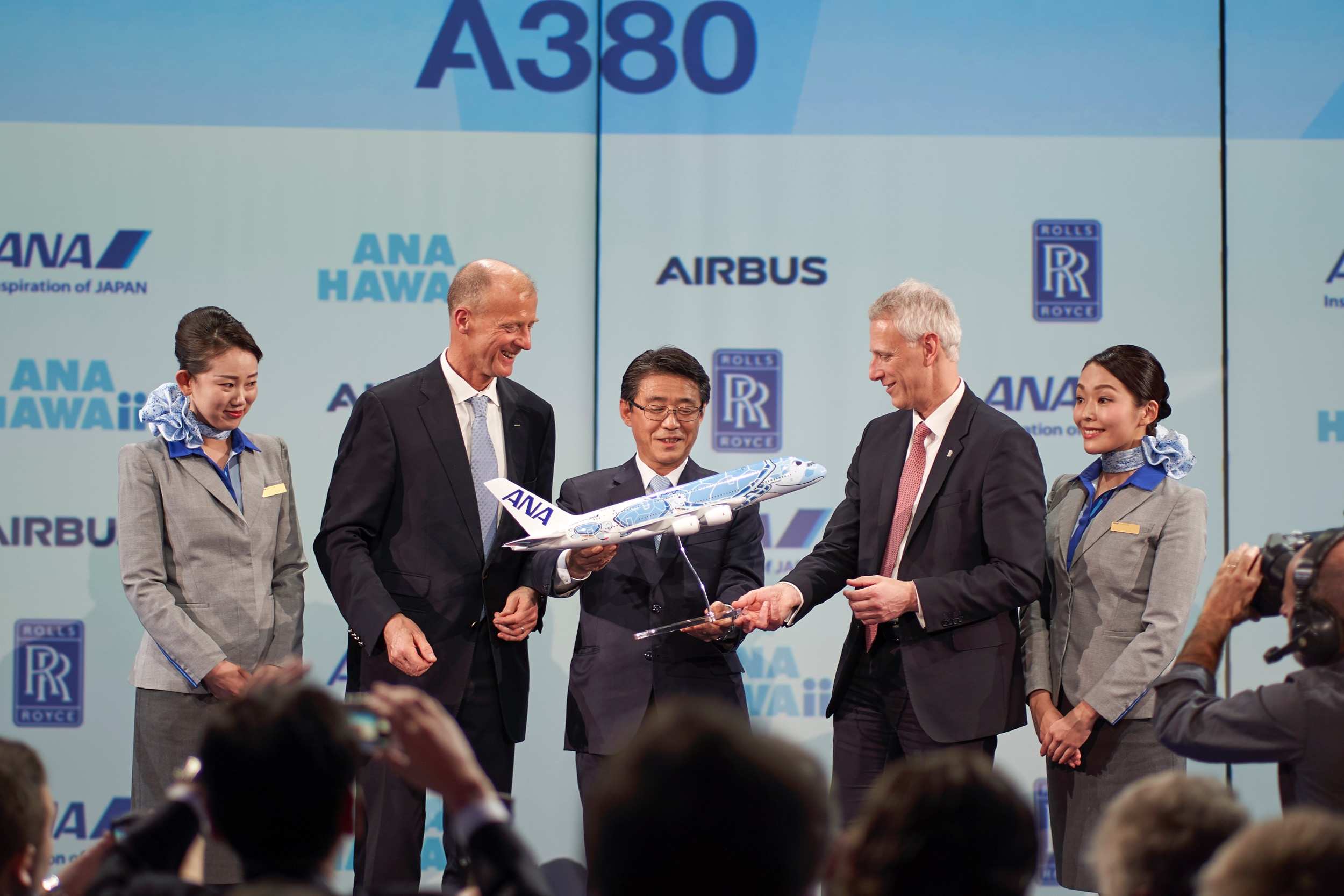 signing-airbus-ana-a380-delivery.jpg