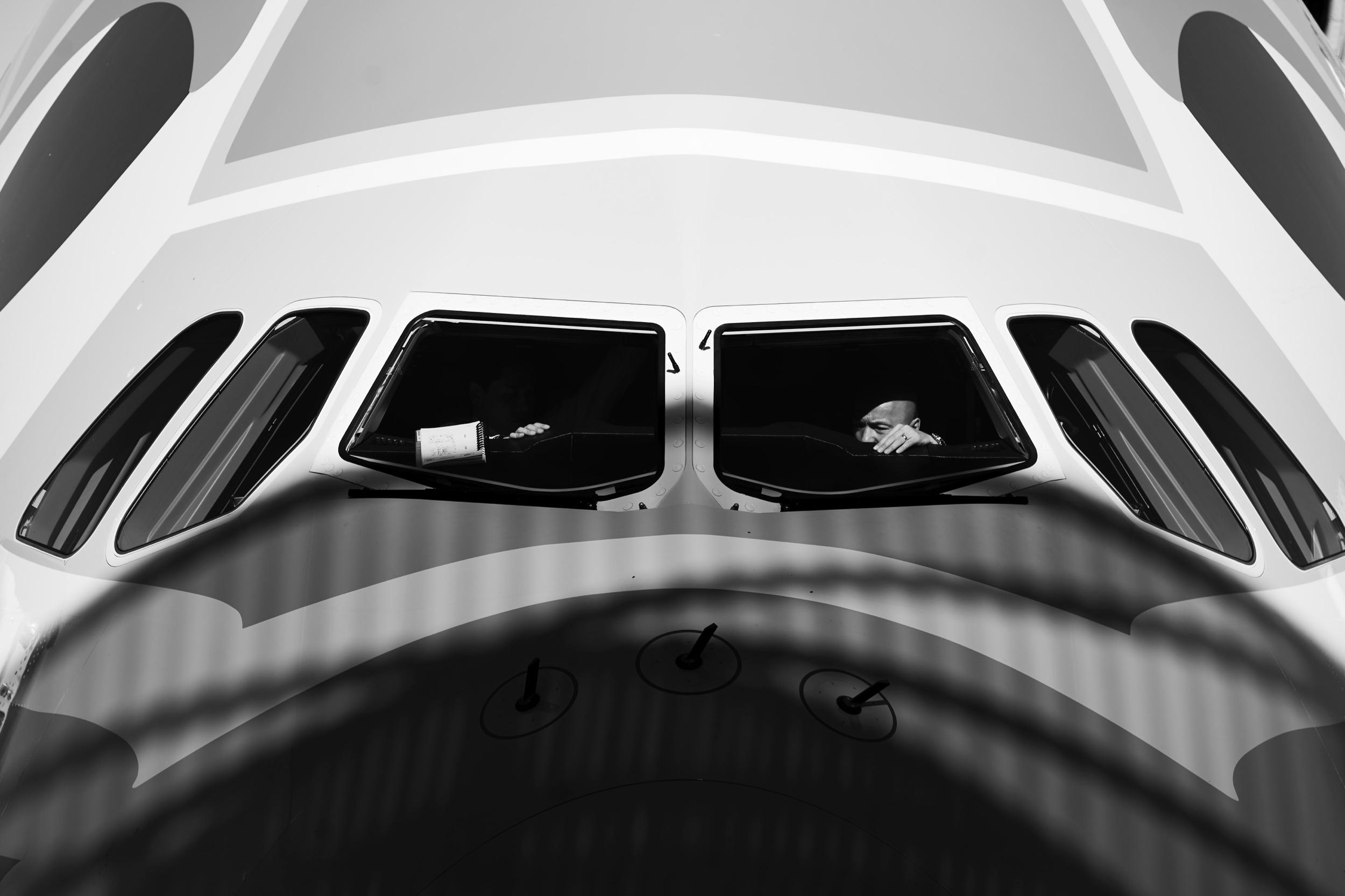 airbus-ANA-A380-taxi-black-white.jpg