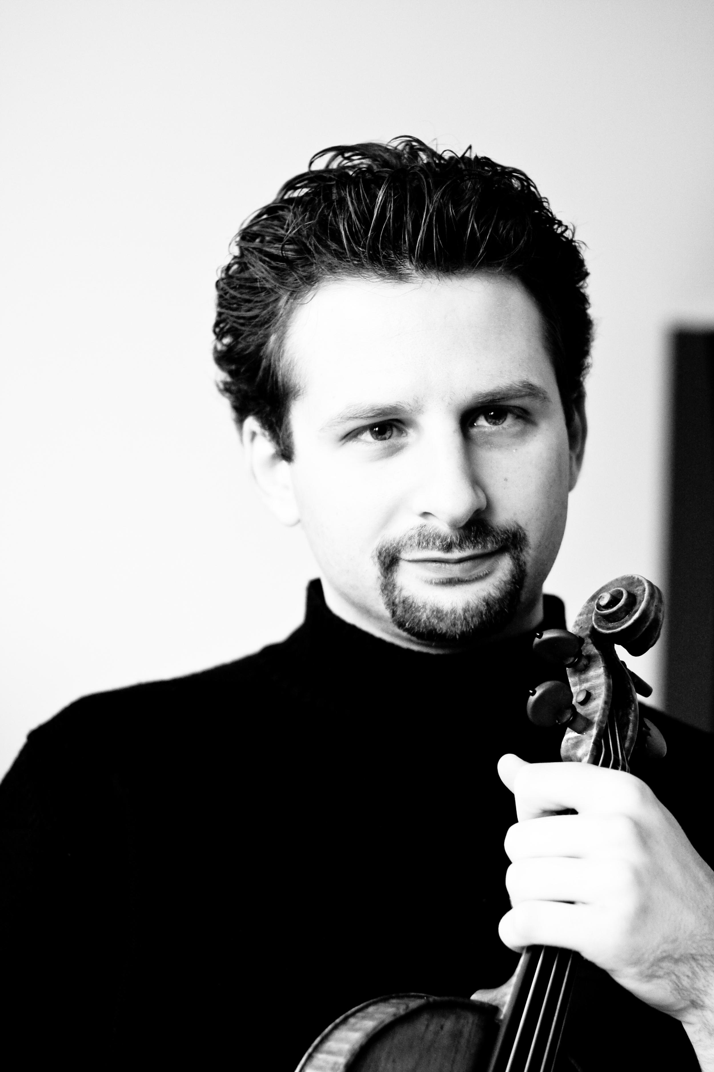 ILYA GRINGOLTS, violin   biography