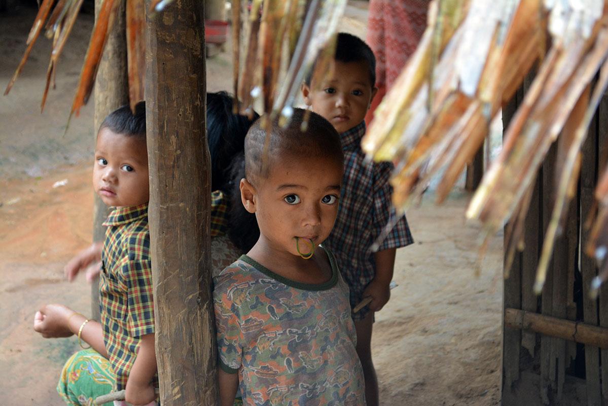 Children in Mong Sa Tur.