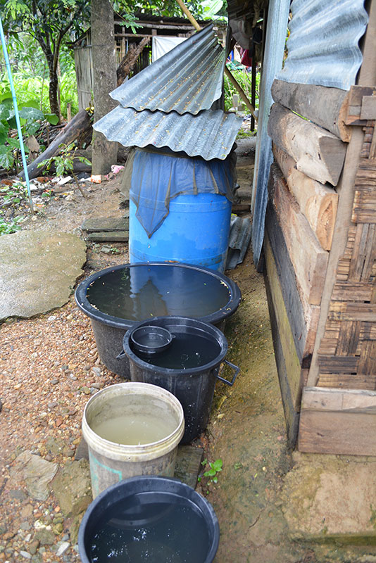 Another house with rainwater collection in Mong Sa Tur.