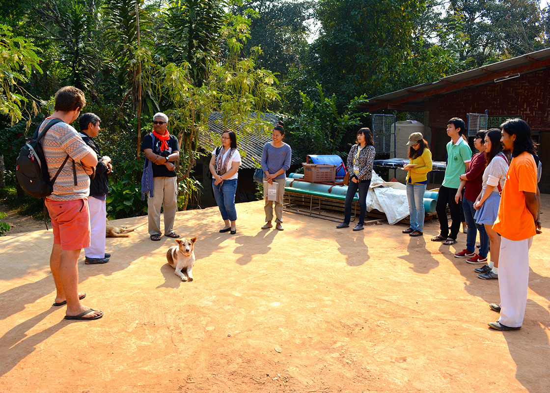 We also went to visit Baan Dada Children Home, another local organization that had recently started participating in the implementation of UpWater.