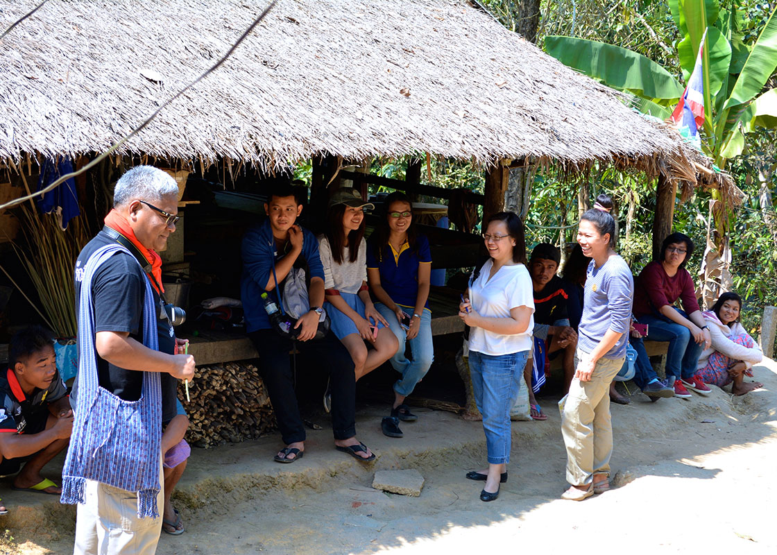 The team also visited Mong Sa Tur.