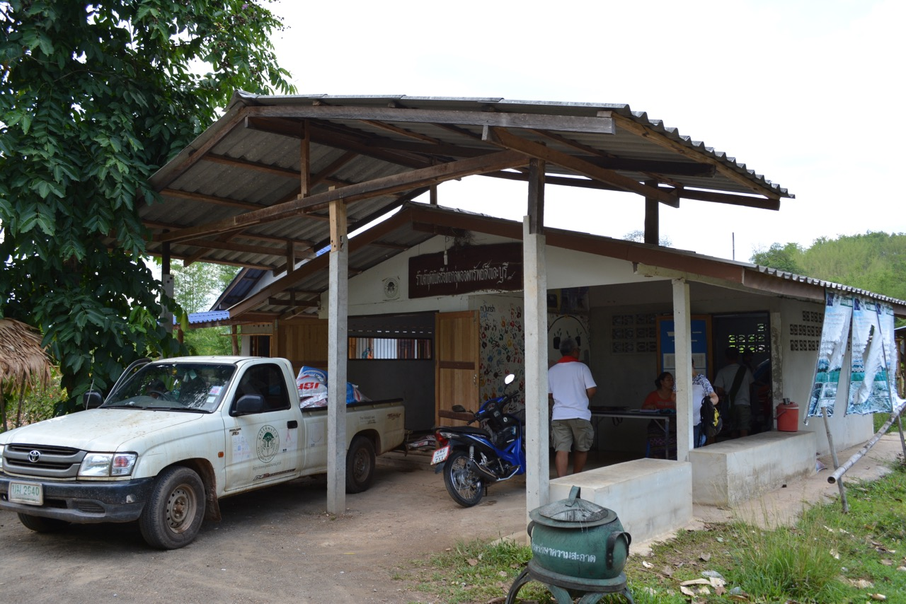 Our team also visited the store of the Viakadee community's saving group.