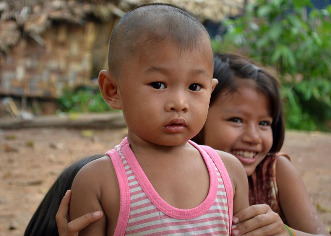 Children in Mong Sa Tur