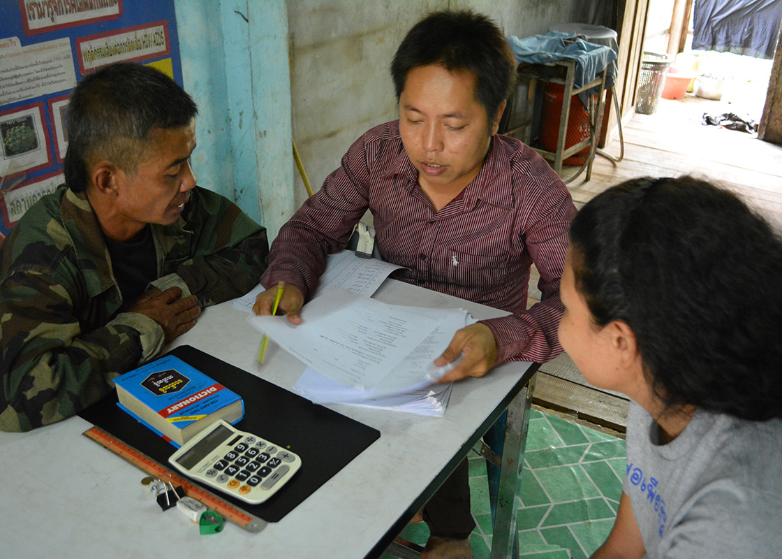 Cho Cho, the PRF staffer who stationed at Three Pagodas Pass, described SODIS X adoption in the area.