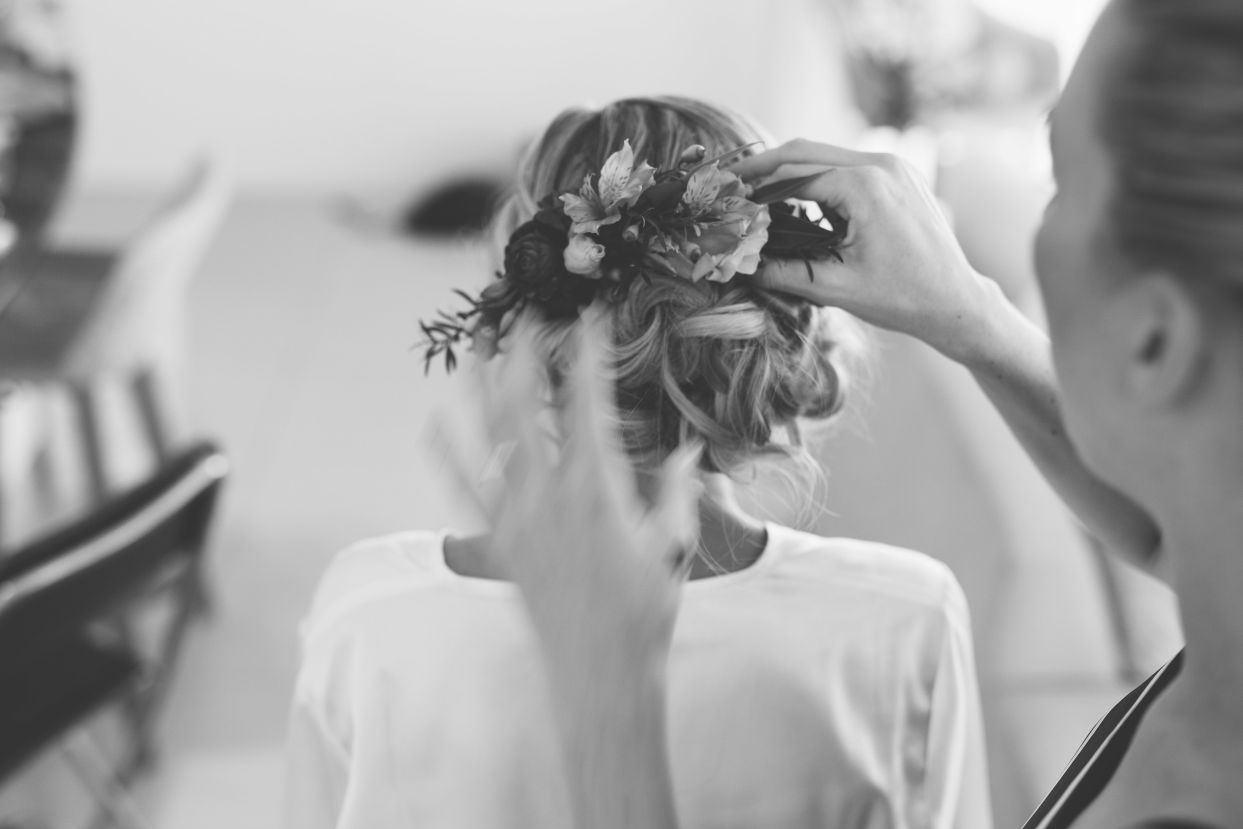 Courtney + Chris_Girls Getting Ready-5054.jpg