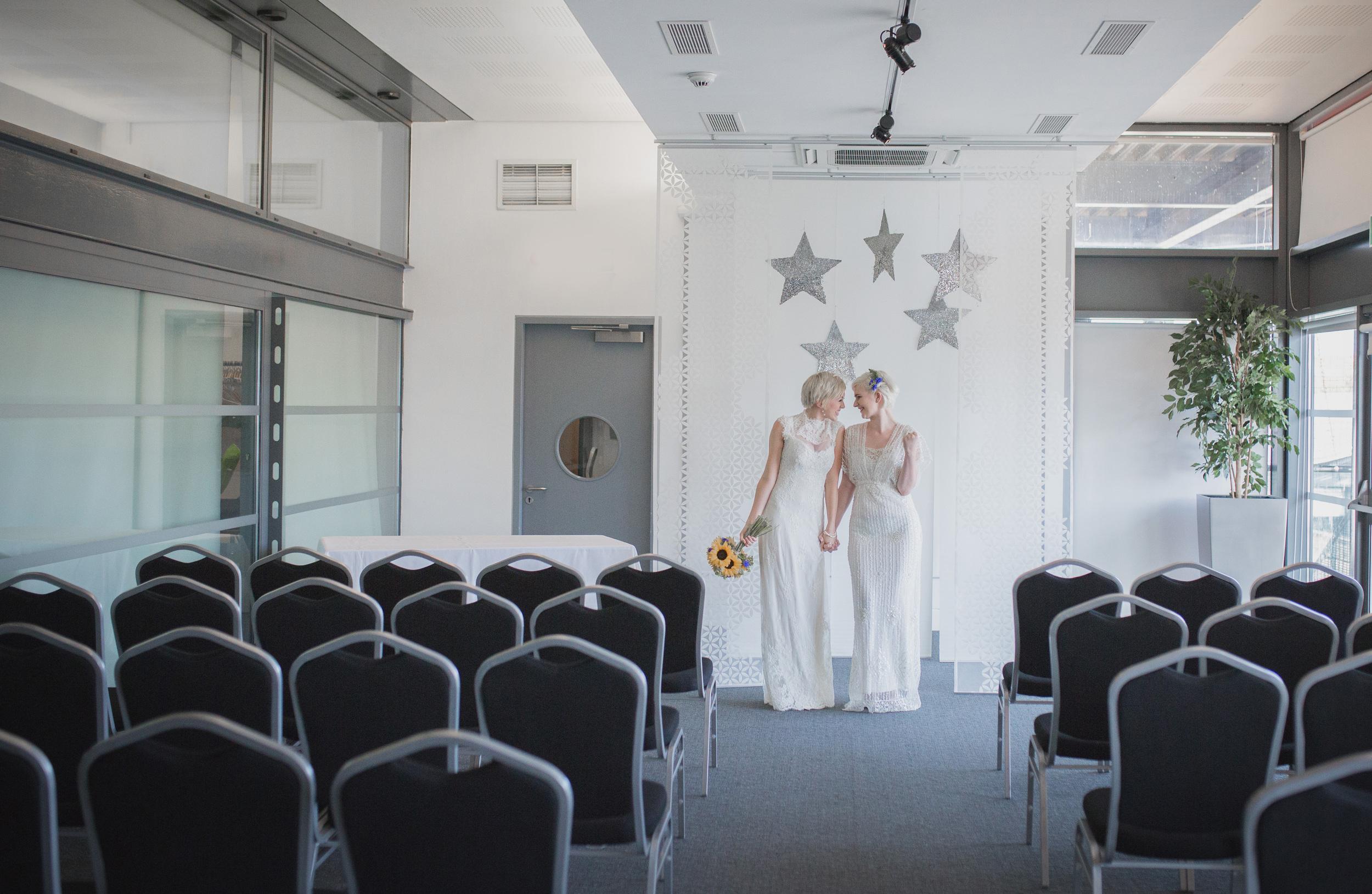At-Bristol-Planetarium-Wedding-Shoot-53.jpg