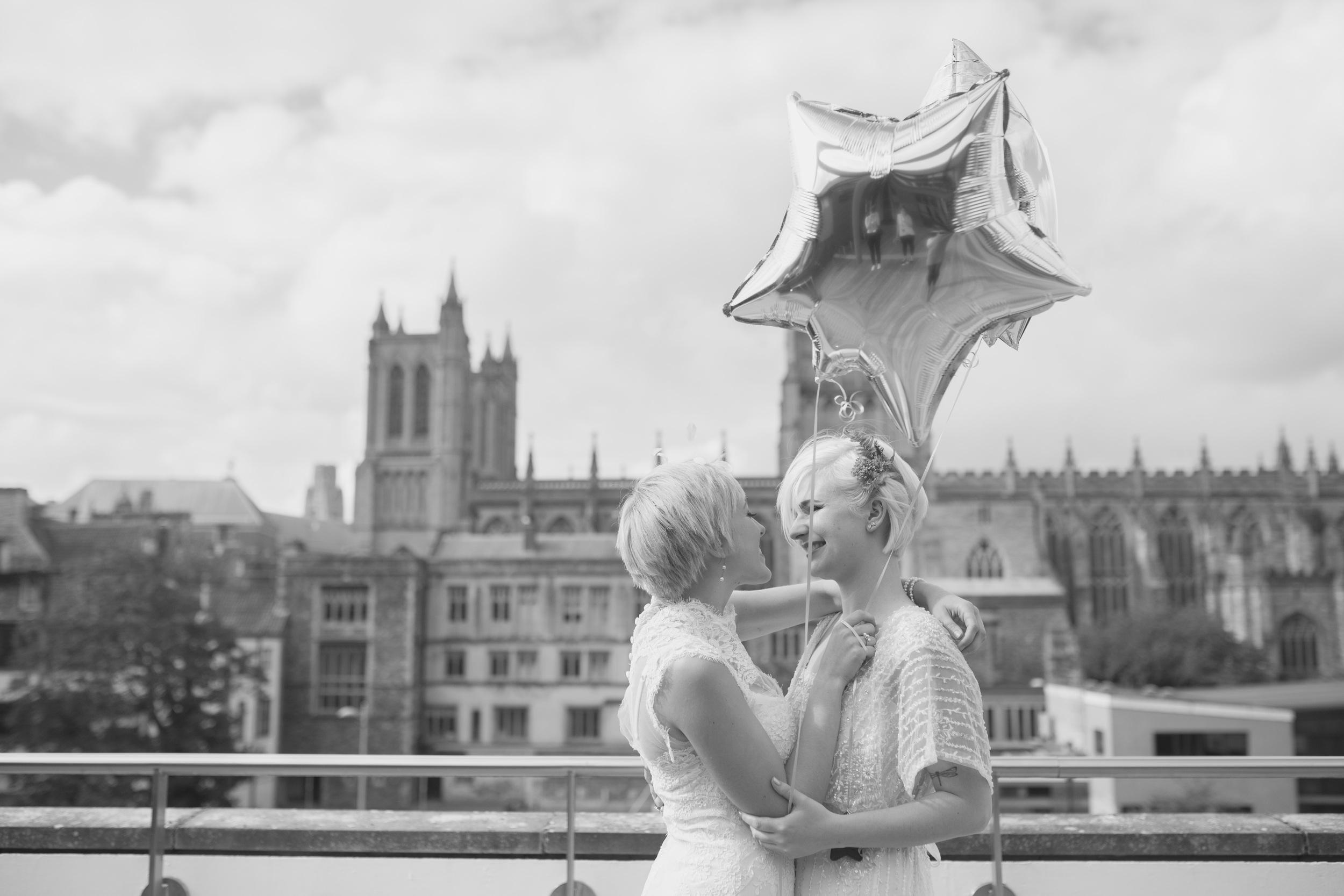 At-Bristol-Planetarium-Wedding-Shoot-75.jpg