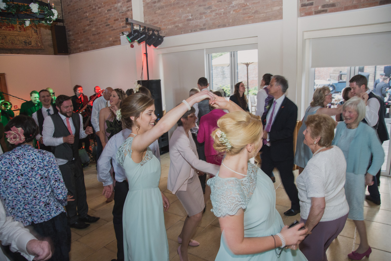 Delbury-Hall-Wedding-Photography-Shropshire-111.jpg