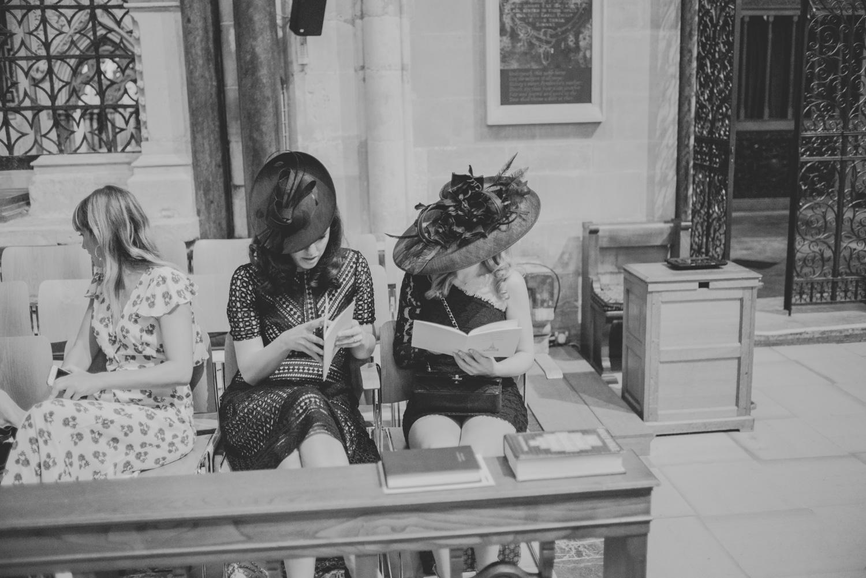 Salisbury_Cathedral_Wedding_Photography-27.jpg