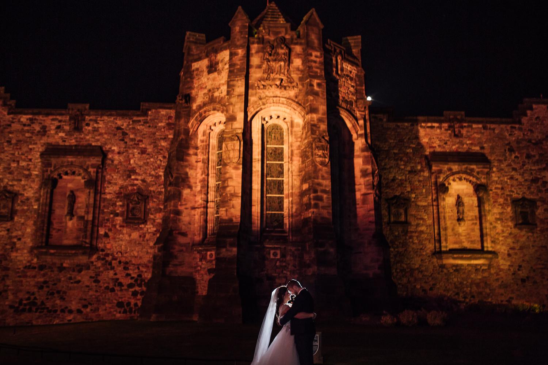 EdinburghCastleHarryPotterWeddingPhotography-43.jpg
