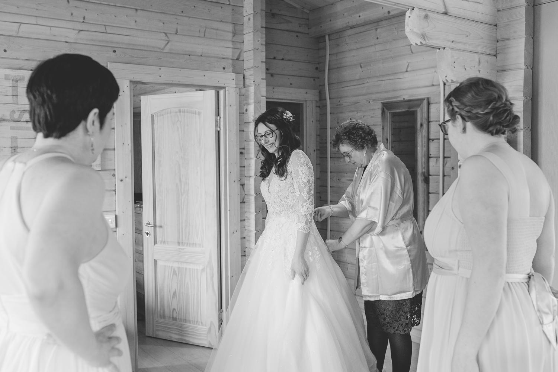Shropshire Tipi Wedding Photographer -5.jpg