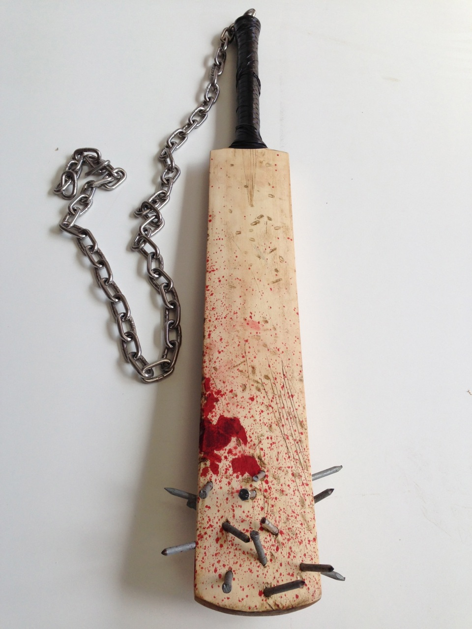 cricket bat weapon