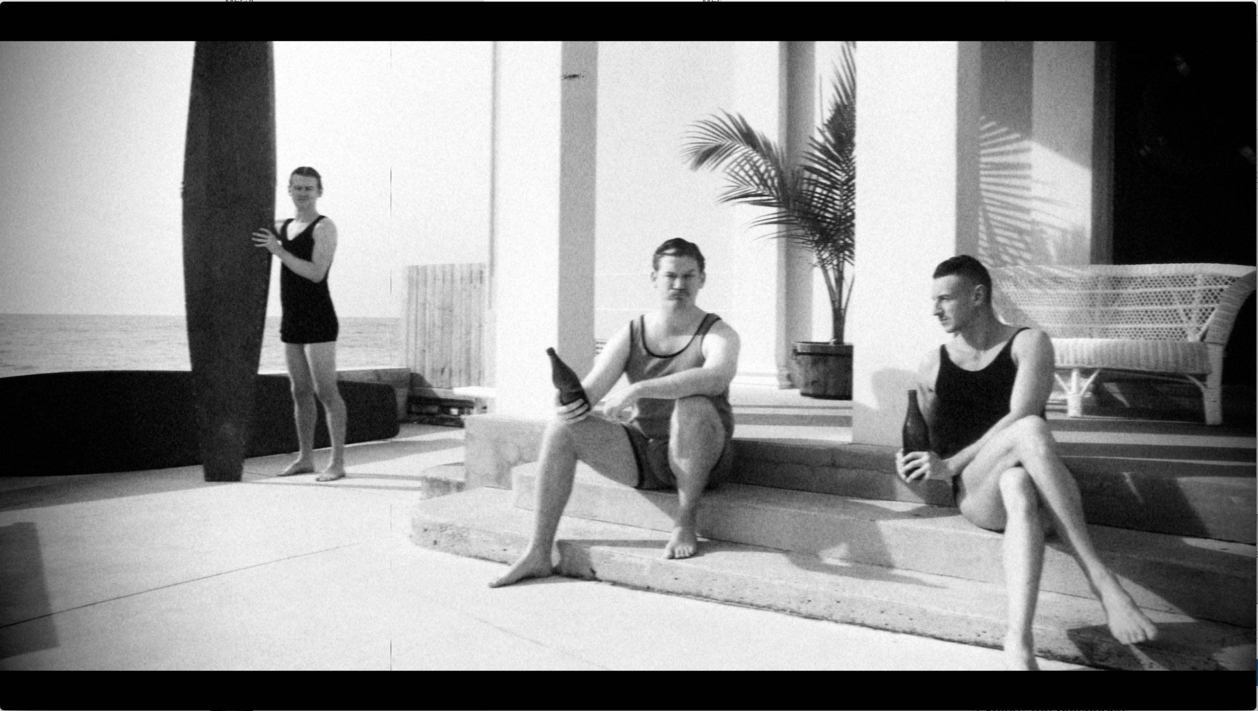 1930's Surfers