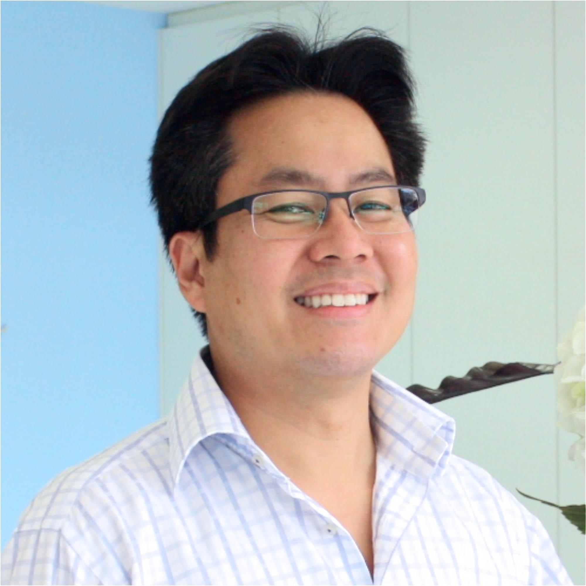 Dr Matthew Foo (Dentist)