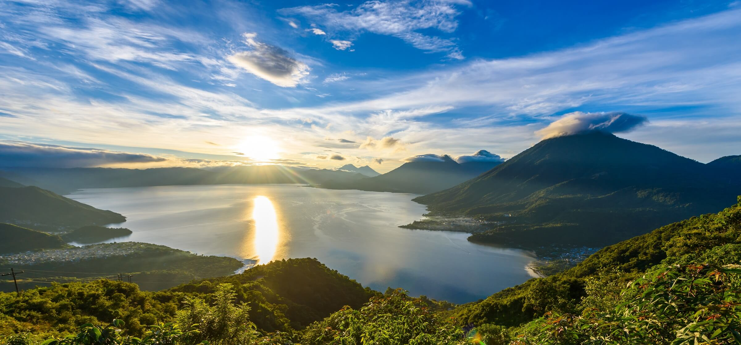 Sunrise-at-lake-Atitlan-Guatemala_h3agre.jpg