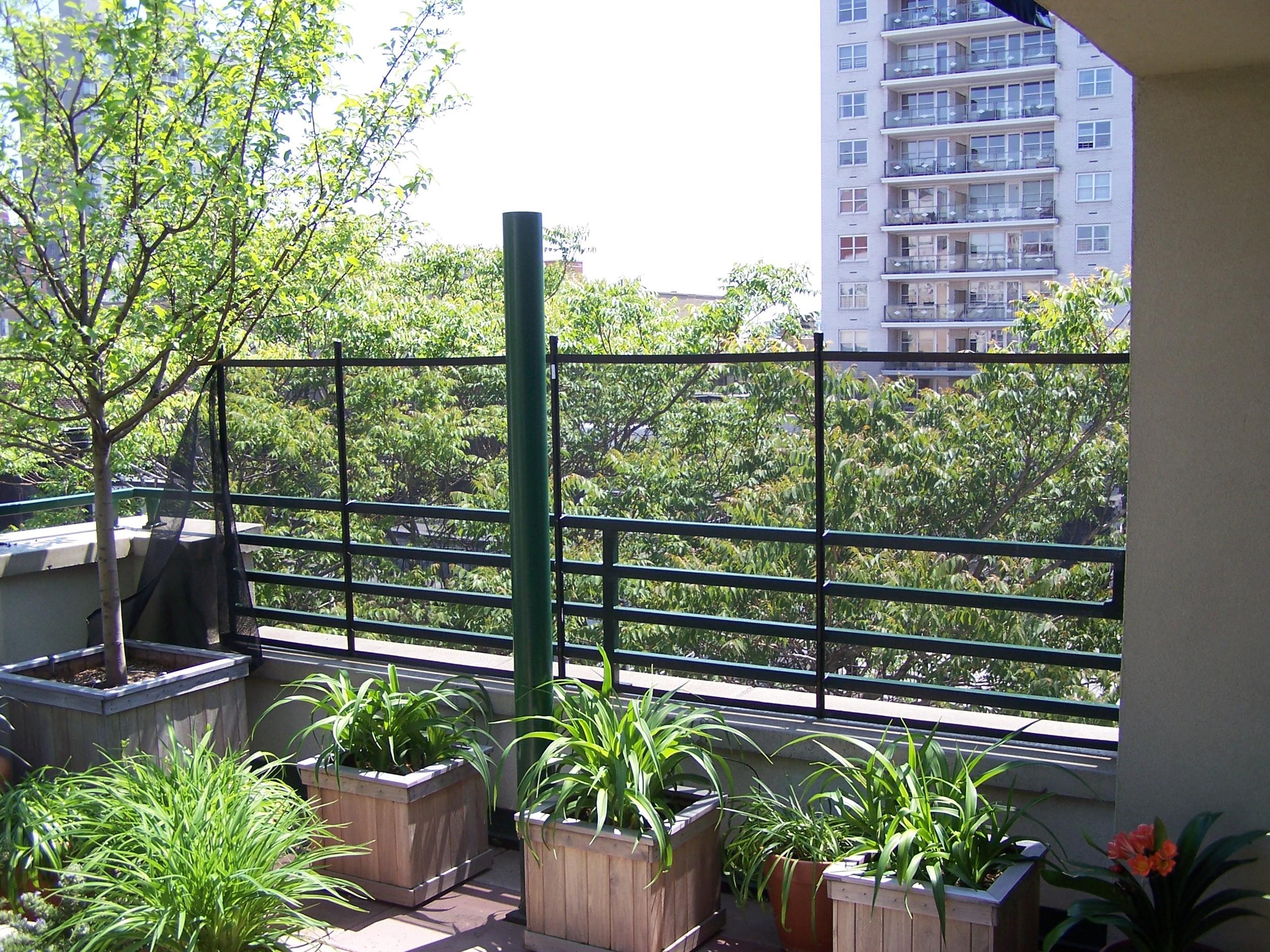 Baby proof balcony mesh