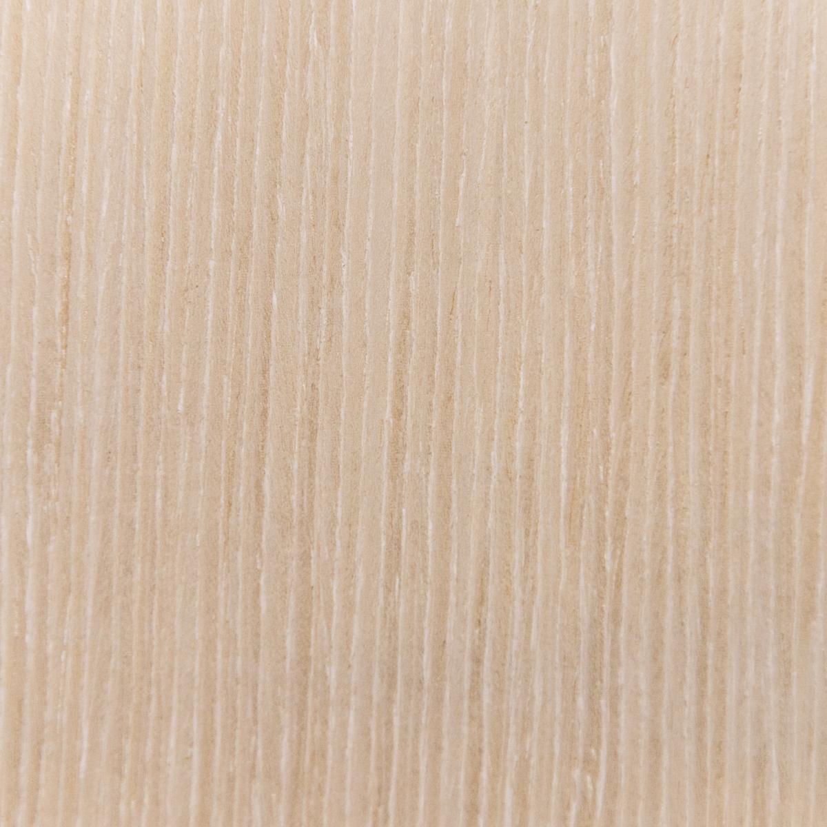 Дуб белённый светлый под лаком    Артикул:  D20 GRAF SBT 2R 620/00/Y19-B1-UV MAGRO   Размер:  2820x615 мм   Цена:  9.75 €/м2