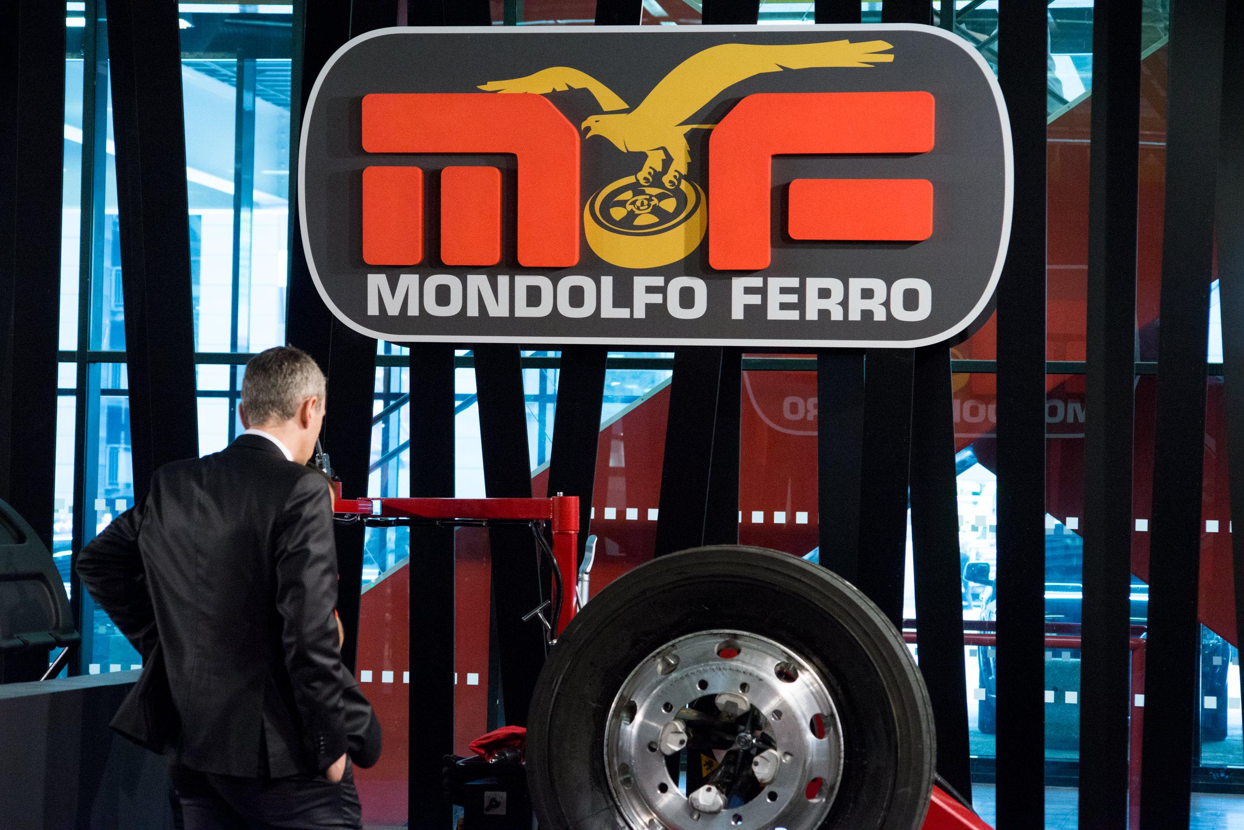 Mondolfo_Autopromotec2015-7.jpg