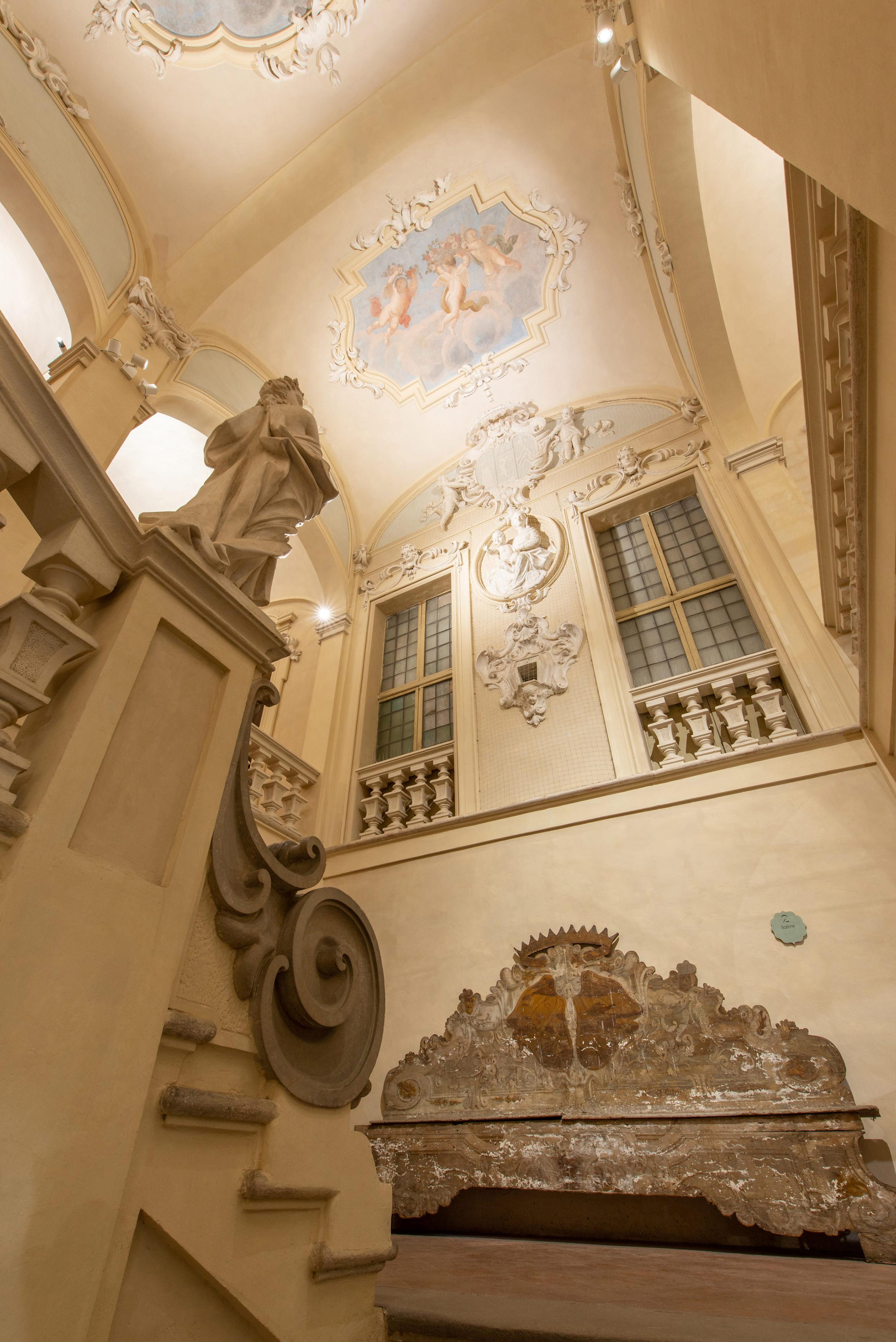 Palazzo_Tozzoni_180802_050.jpg