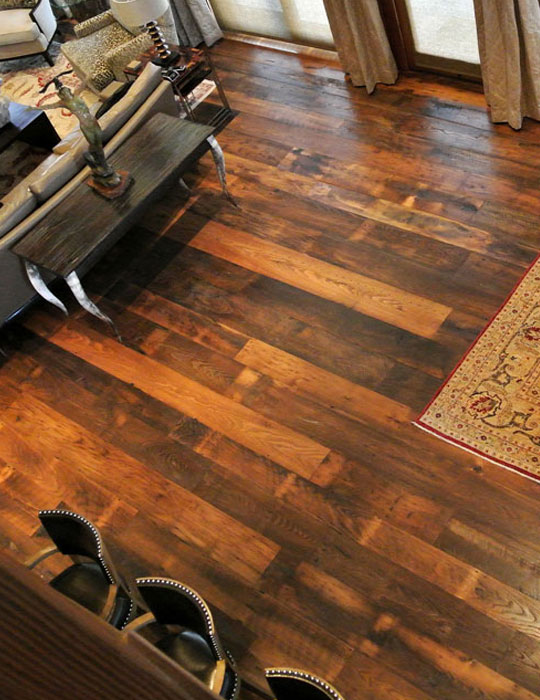 Antique Wormy Chestnut Boardwalk, Vintage Chestnut Laminate Flooring