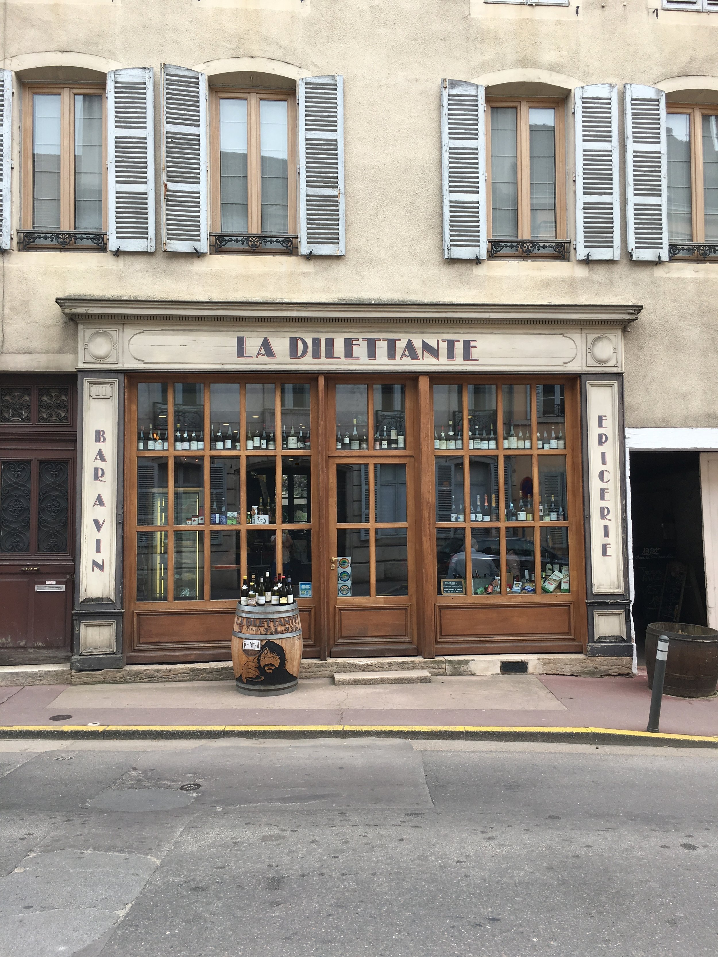 Wine bar in Beaune