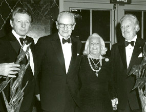 Danny Kaye, Laurance S. Rockefeller, and Margaret Milbank Bogert at the 1982 ICD awards dinner.