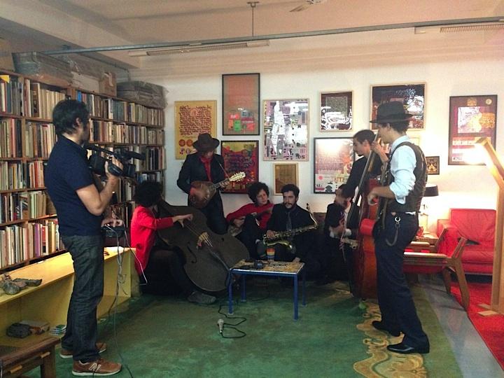 Musica de rua indoor