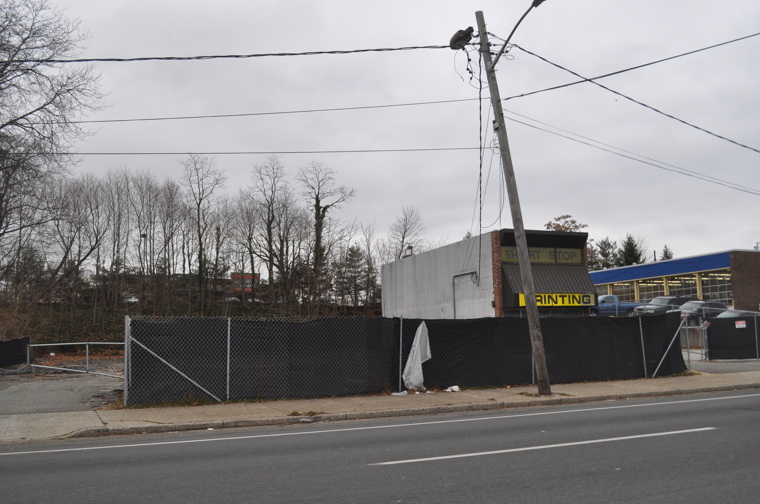 An expanded retail storefront is being considered for 49 Commack Road, which was formerly a Dairy Barn. (Long Islander News photo/Danny Schrafel)