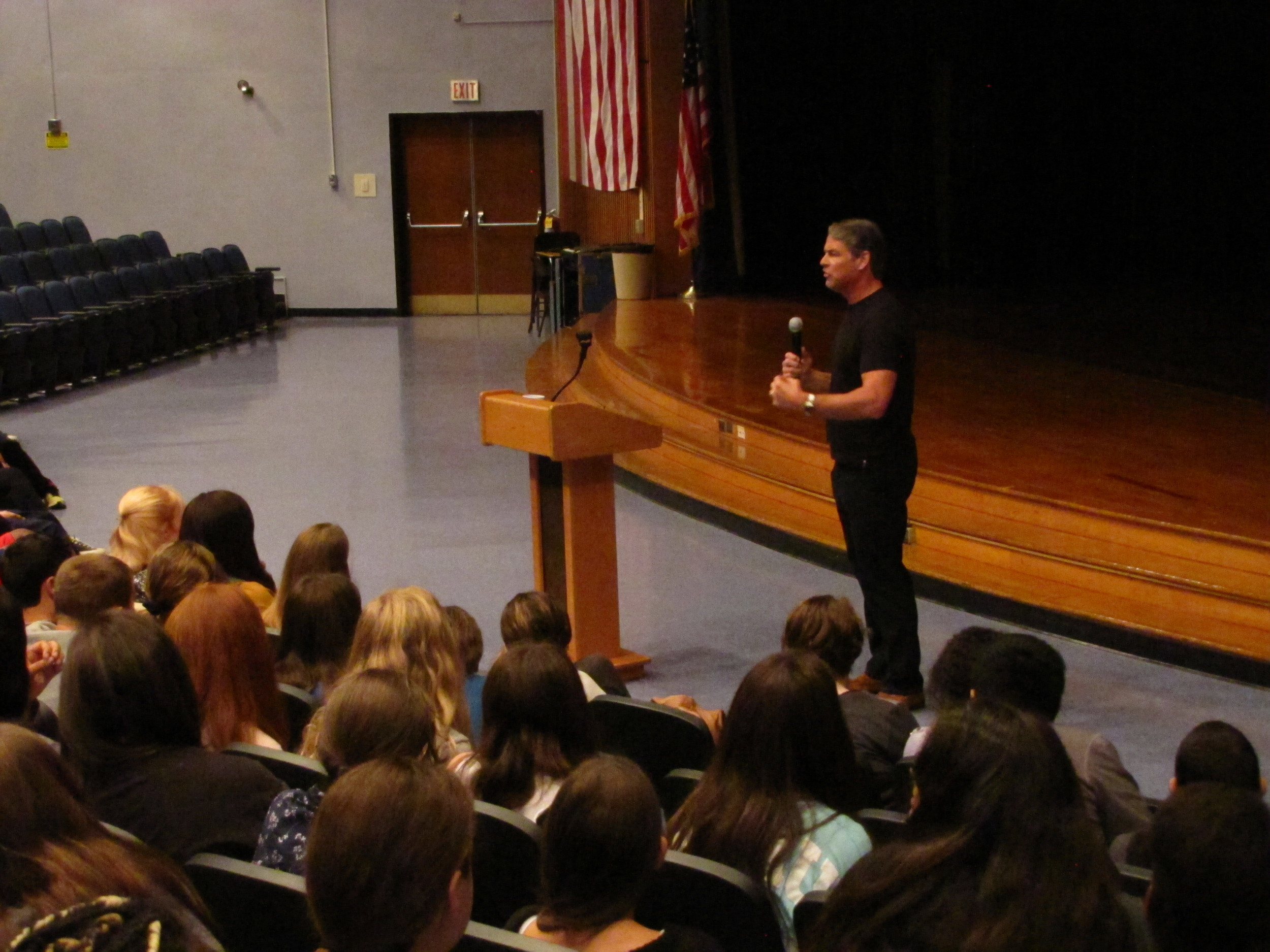 Former NFL player Tim Green speaks to more than 300 students at West Hollow Middle School in Melville Tuesday.