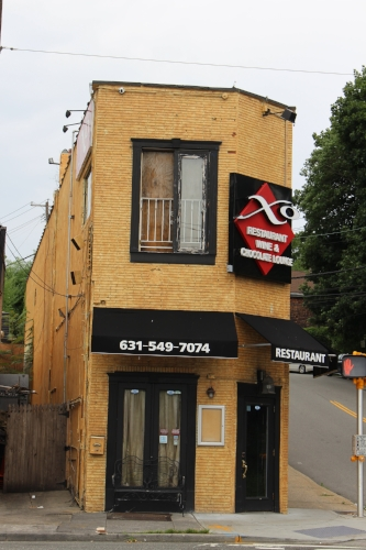 XO Restaurant, a restaurant, wine bar and chocolate lounge, was located at 69 Wall St. in Huntington village.