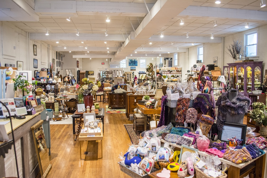 Nest's marketplace is stocked with high-quality home décor that hails from local vendors and artists.