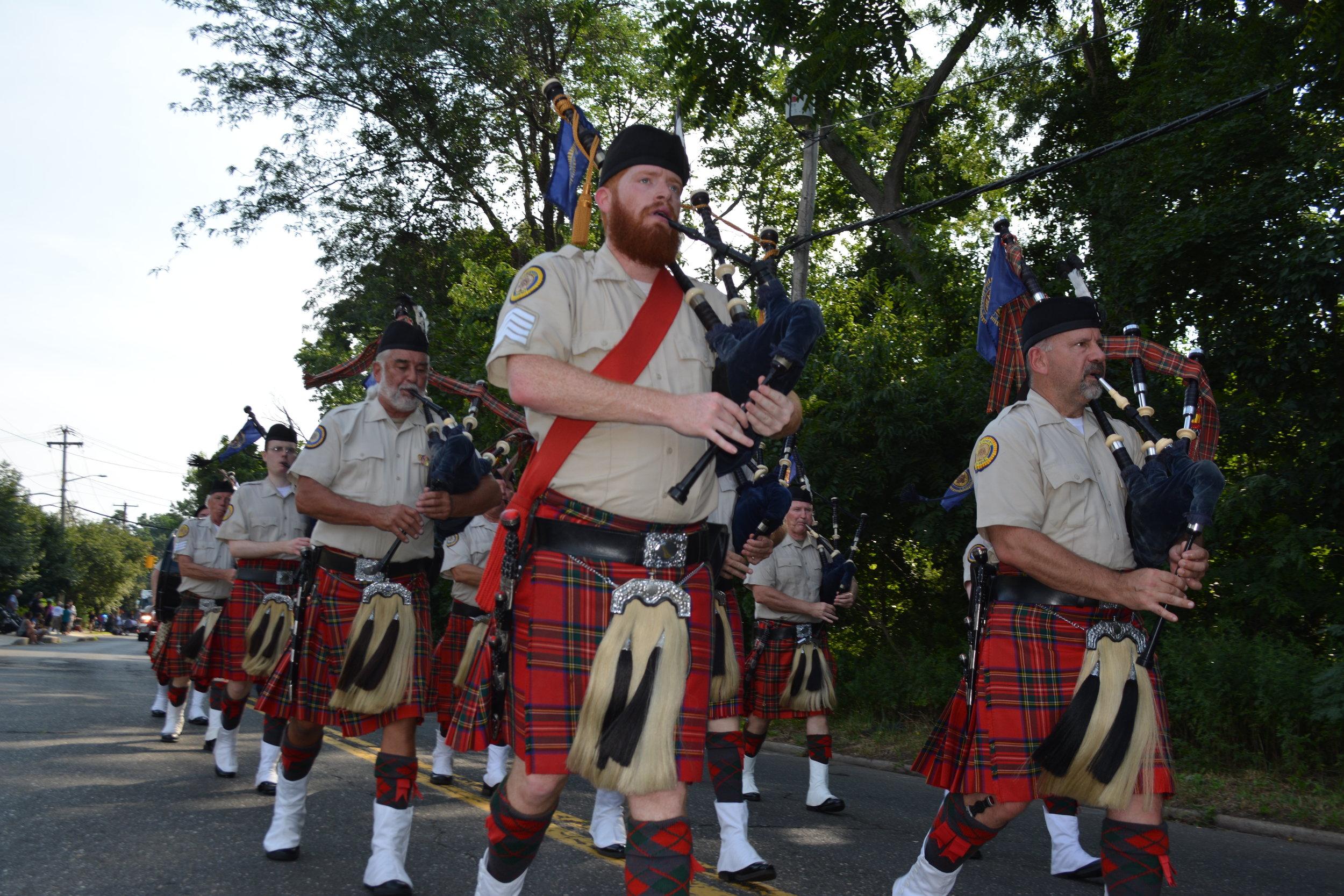 FD13_Amityville_Highlanders.JPG