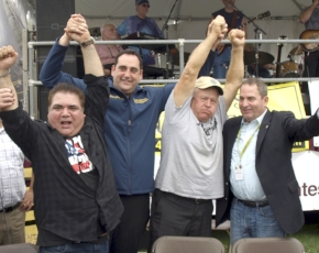 Len Piros, left, and Ryan Thomas, third from left, are congratulated by Huntington Supervisor Chad Lupinacci and Festival Co-chairman Bob Bontempi.
