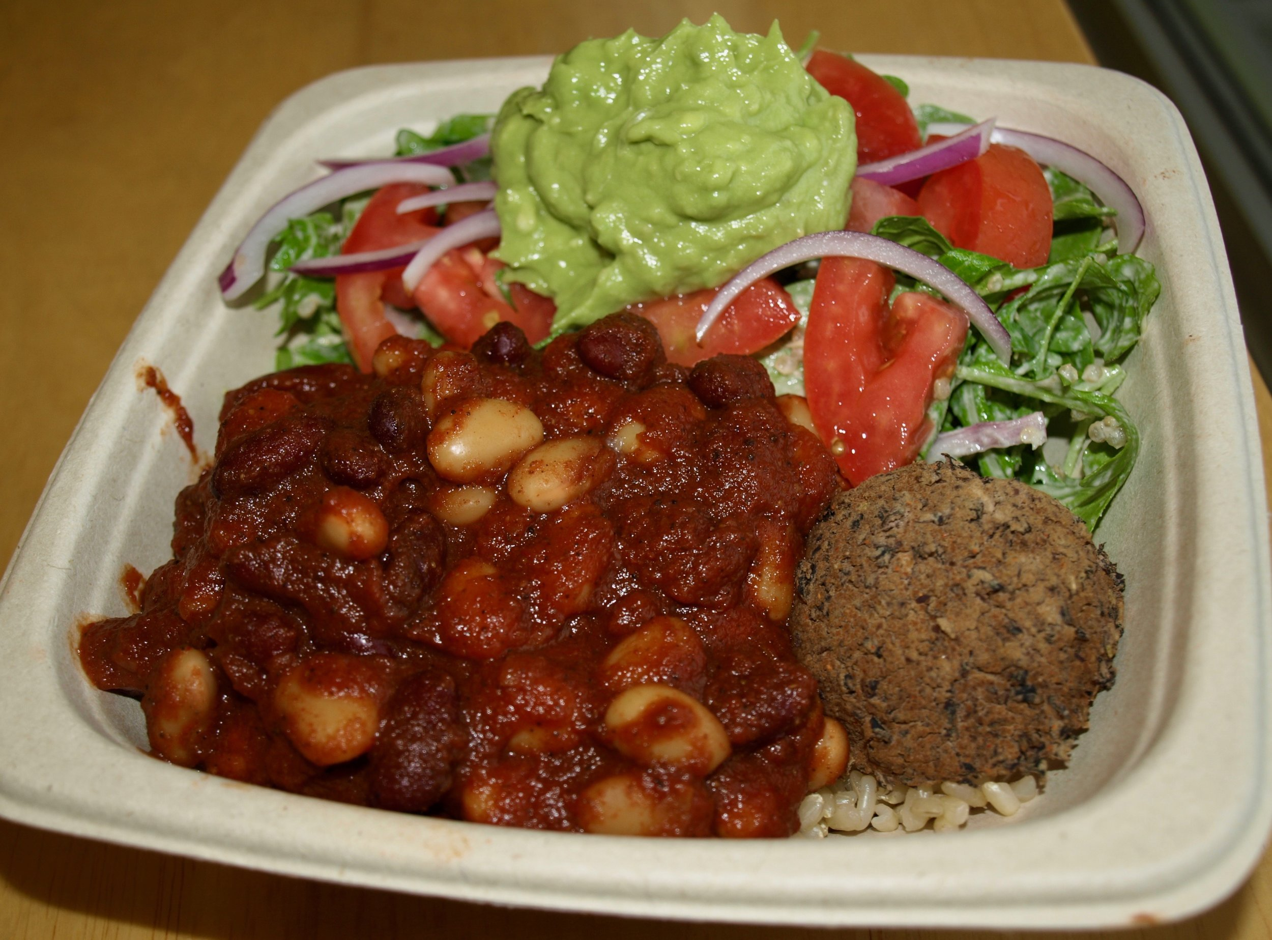 Some Foodie favorites from Plantwise include, half & half of avocado quinoa salad (arugula, quinoa, red onion, avocado mash, tomato, sunflower dijon vinaigrette) and chili bowl (bean chili and beanballs).
