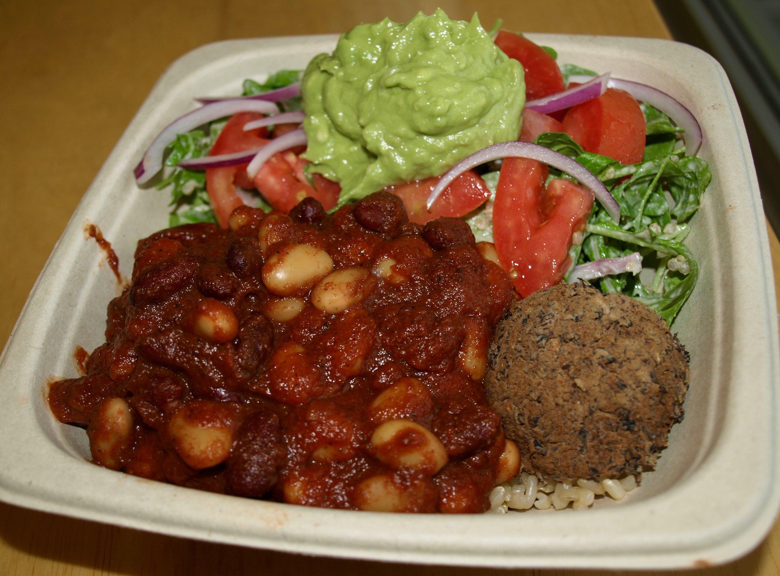Some Foodie favorites from Plantwise include, half & half of avocado quinoa salad (arugula, quinoa, red onion, avocado mash, tomato, sunflower dijon vinaigrette) and chili bowl (bean chili and beanballs).