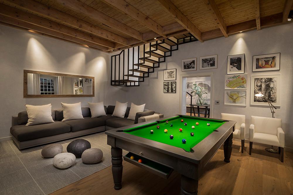 Mont-Rochelle-South-Africa-Hotel-branson-vineyard-lounge-billiards-Franschhoek.jpg