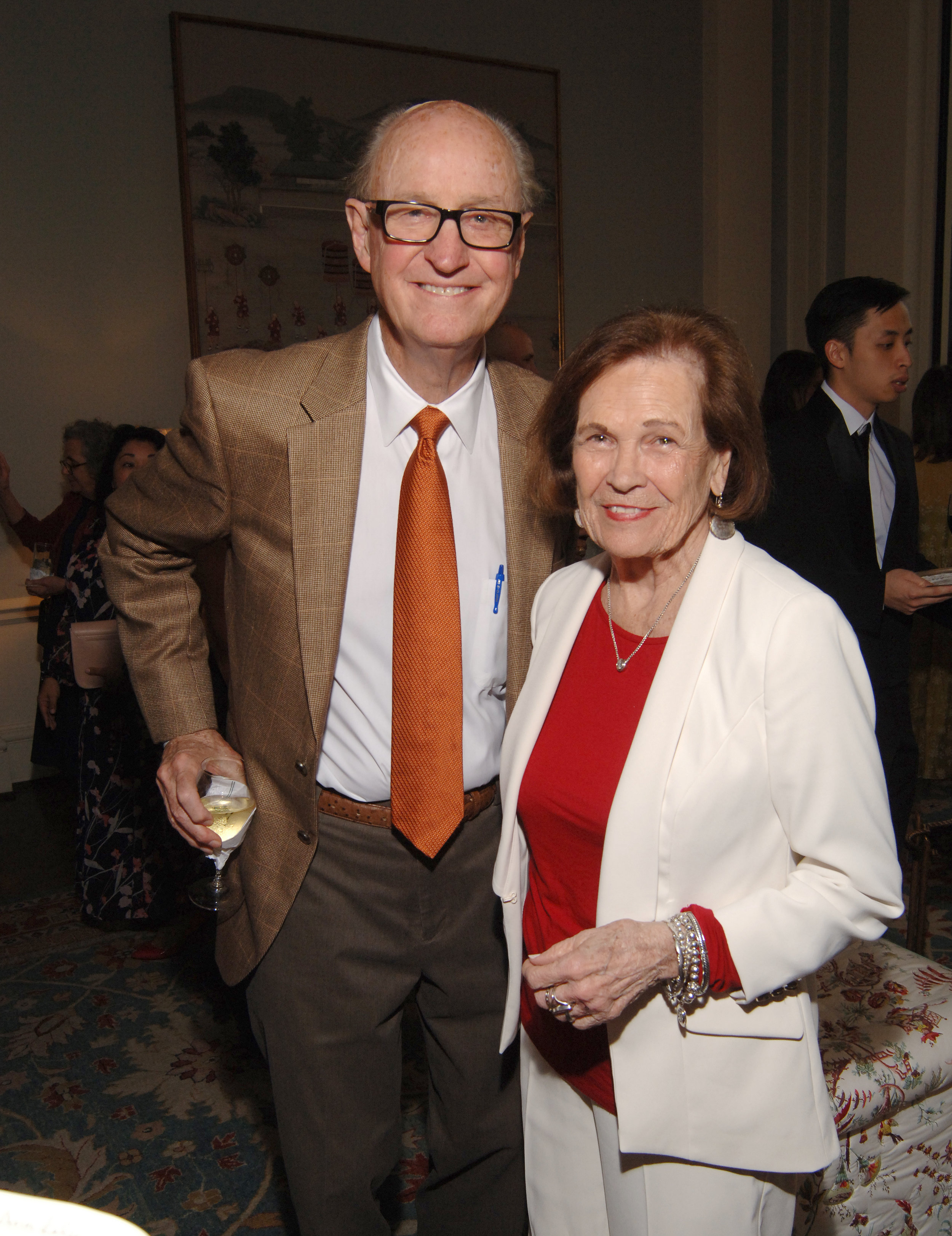 KPCGala_Bob and Karen Moore_Tom  DuBrock photo.JPG