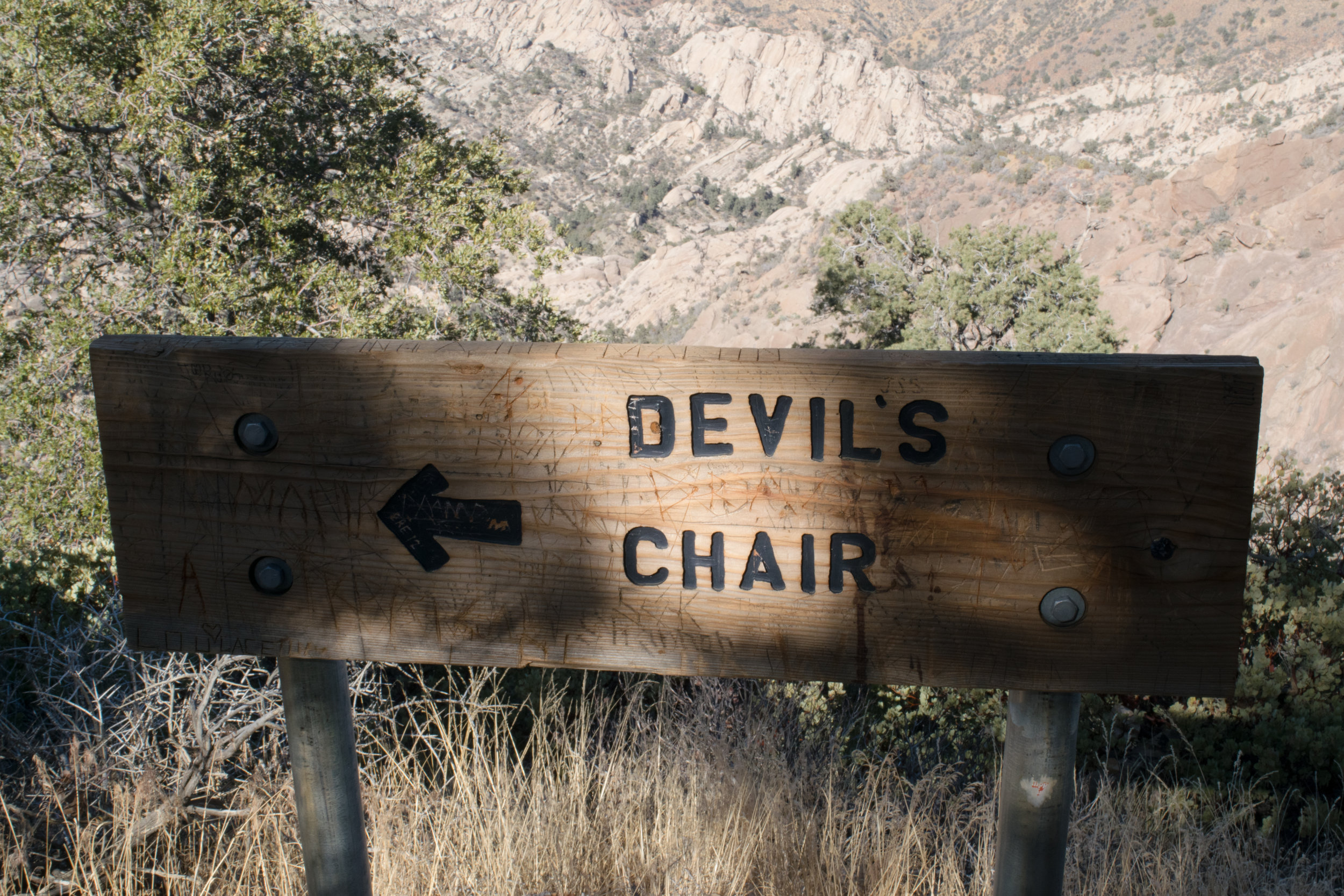Devils chair sign