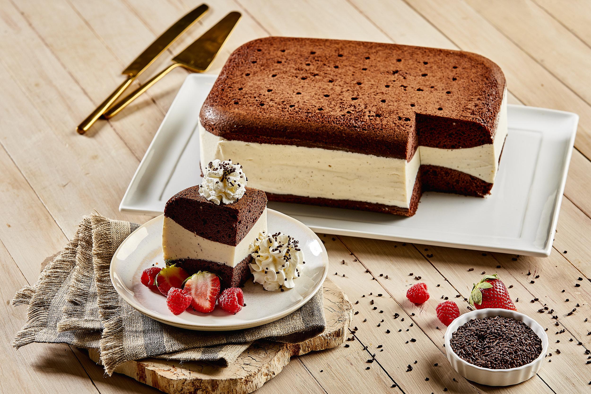 """Ice Cream Sandwich"" Cake"