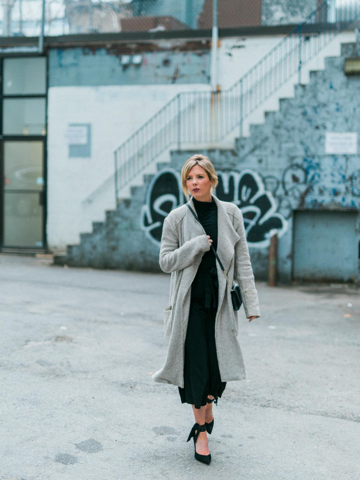 DanielleGirouxPhotography_Toronto_Portrait_StreetPhotography_0C6A1172.jpg
