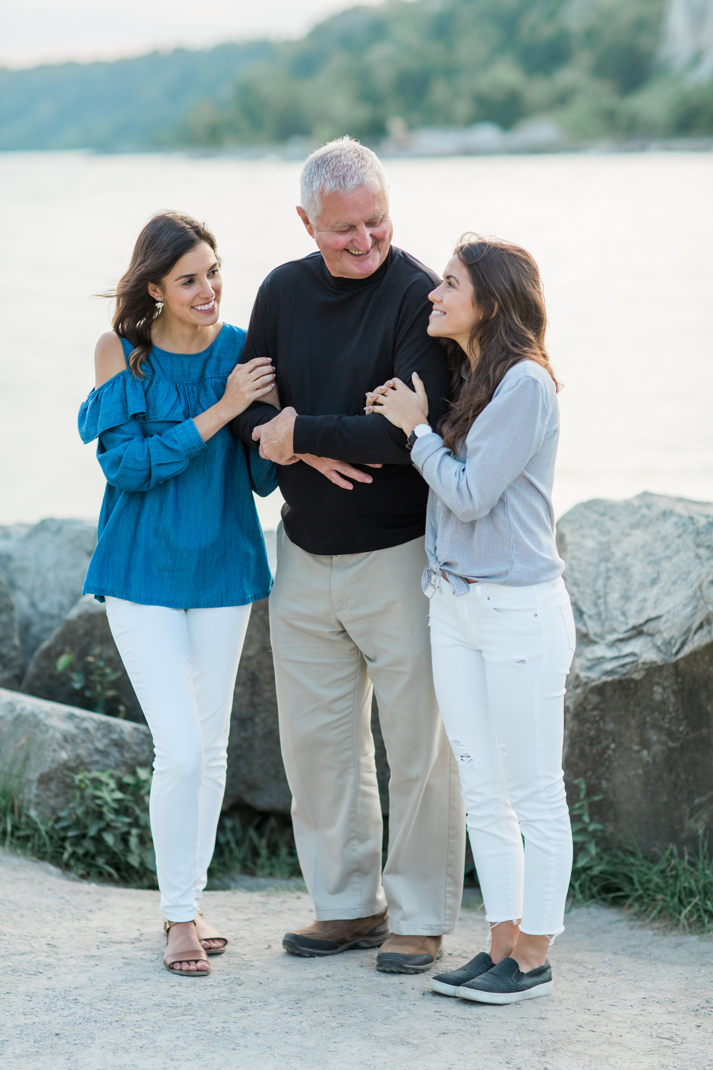 Danielle-Giroux-Amir-Golbazi-Genua-Family-Photography-Scarborough-Bluffs-0260.jpg