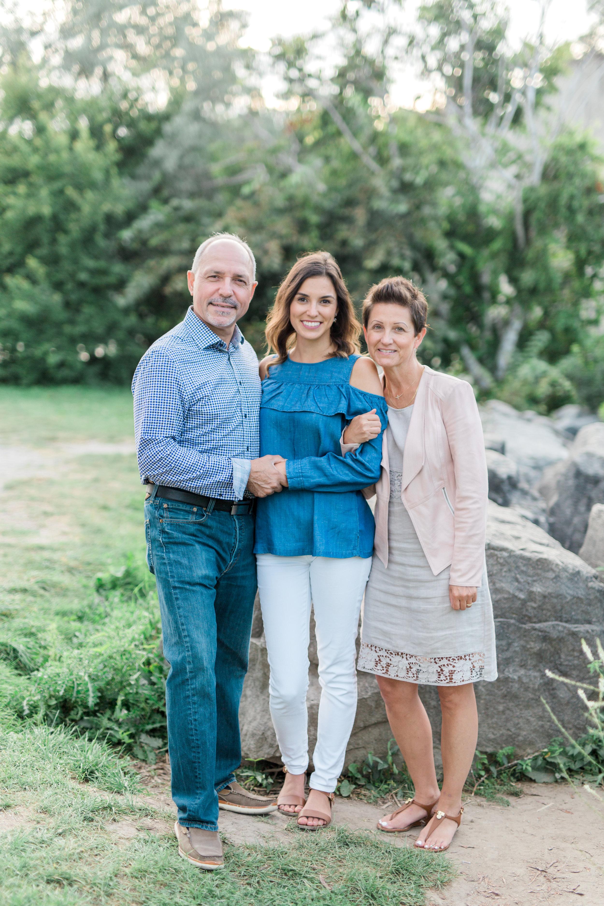 Danielle-Giroux-Amir-Golbazi-Genua-Family-Photography-Scarborough-Bluffs-9097.jpg