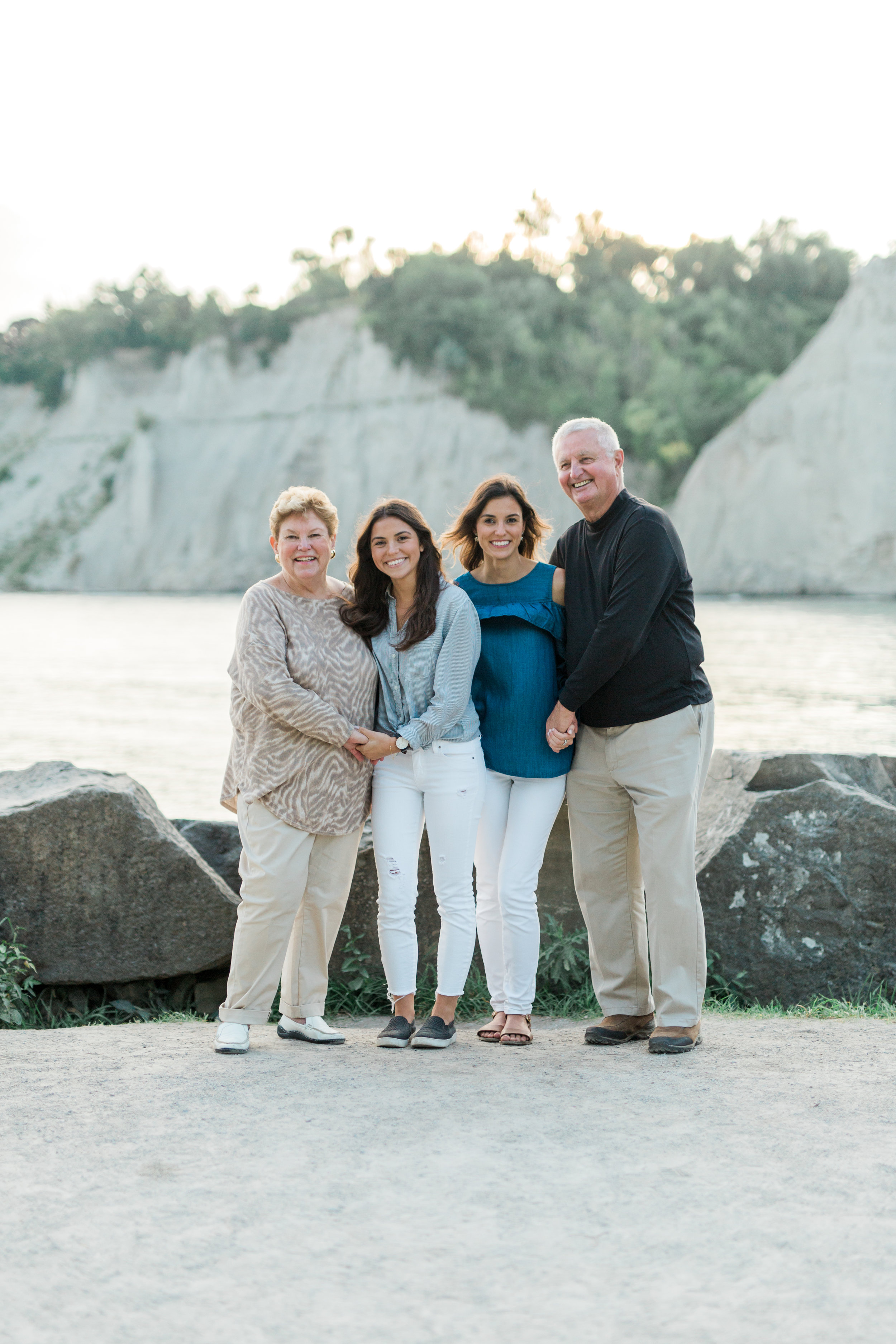 Danielle-Giroux-Amir-Golbazi-Genua-Family-Photography-Scarborough-Bluffs-9437.jpg