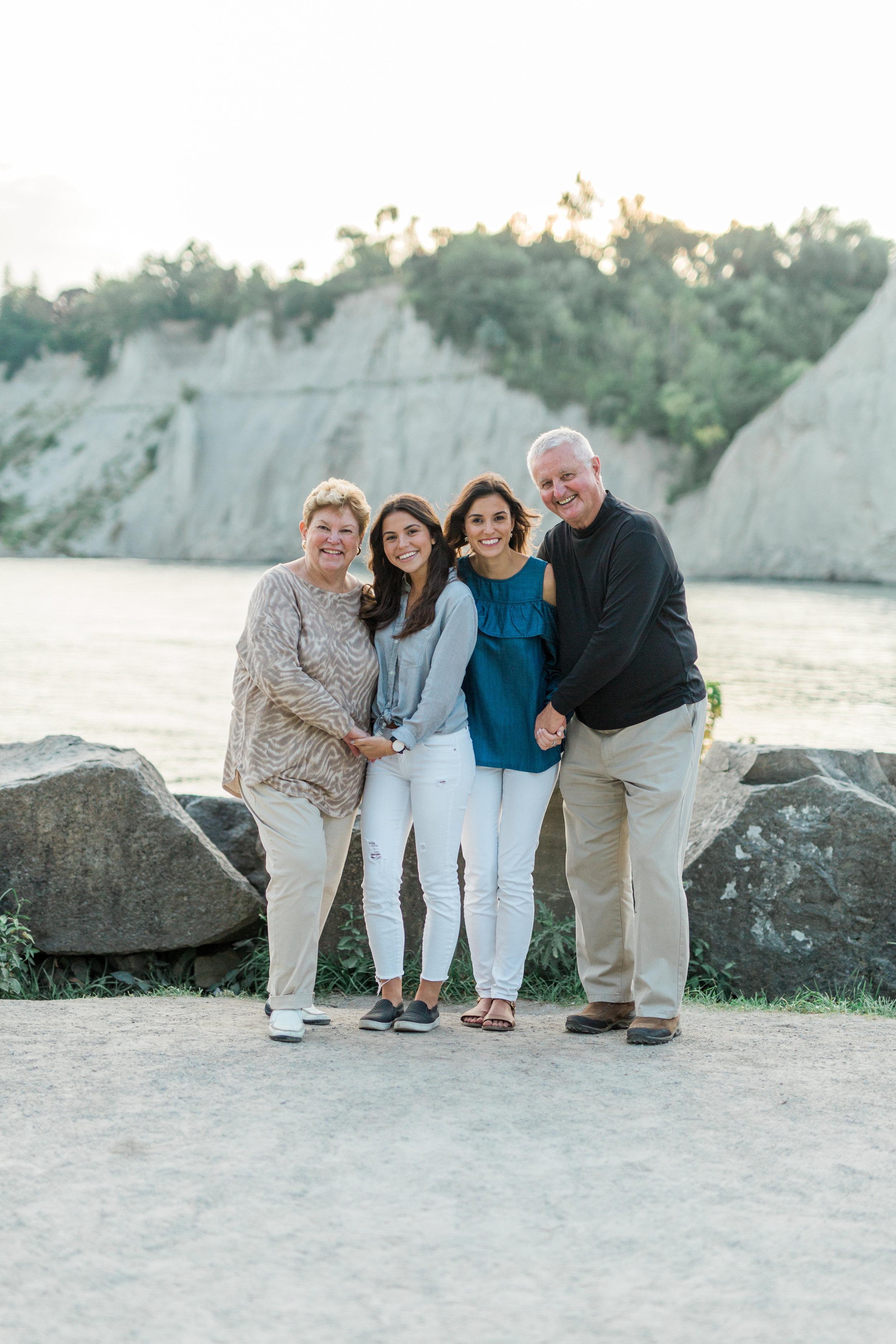 Danielle-Giroux-Amir-Golbazi-Genua-Family-Photography-Scarborough-Bluffs-9439.jpg